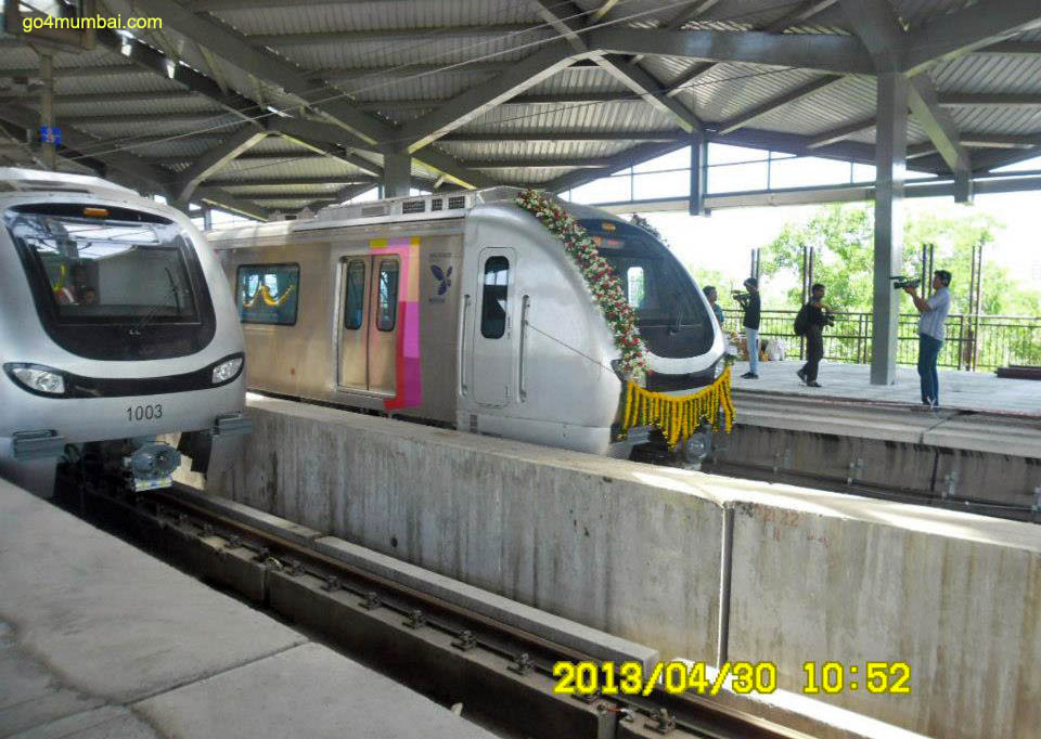 Mumbai_Metro_on_Maharashtra_Day