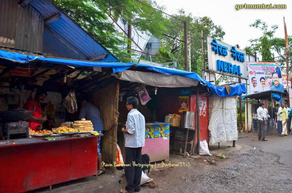 Neral Station Market Vada Pav Tea