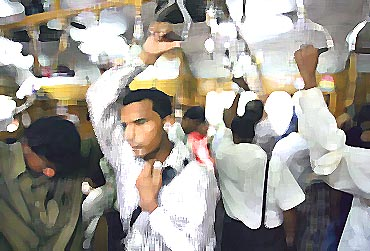 Mumbai Train Commuters